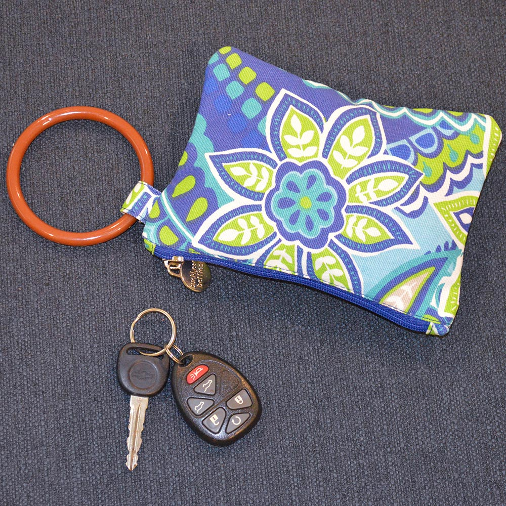 turqs and caicos wristlet